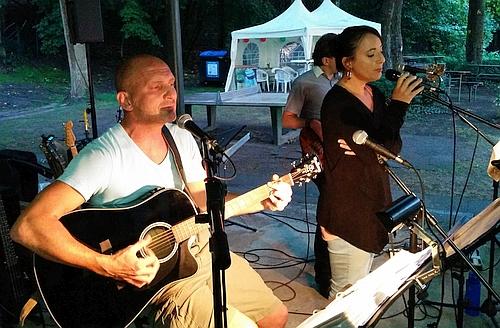 Ralf und Mueller Band im Freibad Wolfartsweier